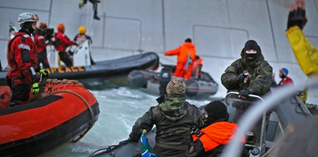 Greenpeace Activists Charged with Piracy in Russia