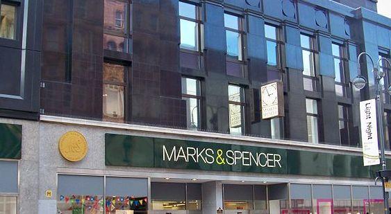 British Retailer Apologizes for Muslim Employees' Behavior