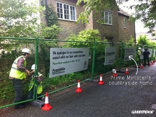 Greenpeace 'Fracks' David Cameron's House