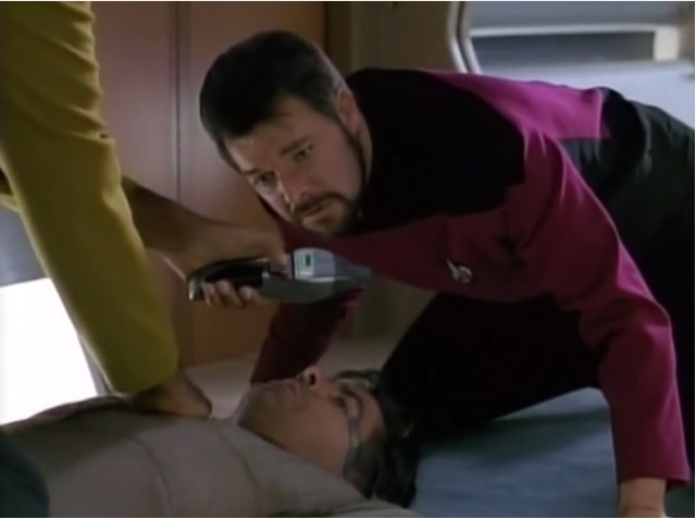 'Star Trek TNG: The Hunted' – Danar Beamed Aboard the Enterprise