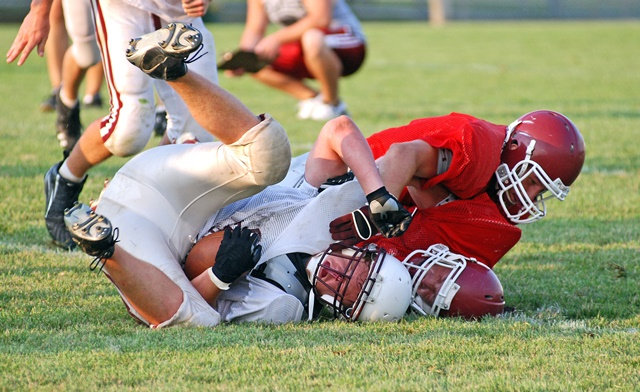 Should Government Ban Tackle Football in Schools?